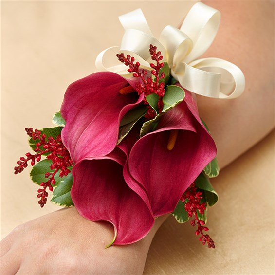1 800 flowers vineyard wedding corsage mini calla lily 1 800 flowers 4giftseattle. Black Bedroom Furniture Sets. Home Design Ideas